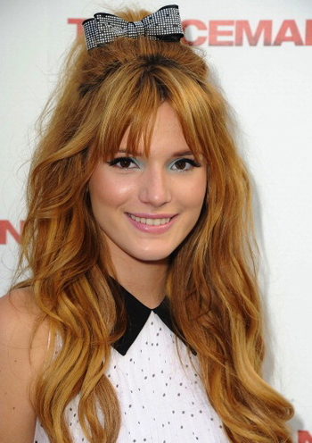 We love Bella Thorne's Sixties-inspired bouffant bow!