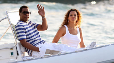 Jay-Z and Beyoncé vacationing