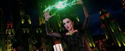 Evil Evanora (Rachel Weisz) casts a lightning spell