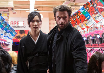 Mariko and Wolverine on the run