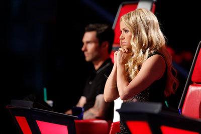 Shakira roots for her team member