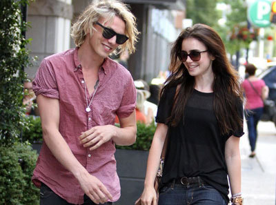 Jamie and Lily take a stroll