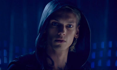 Jace knows Clary can see him