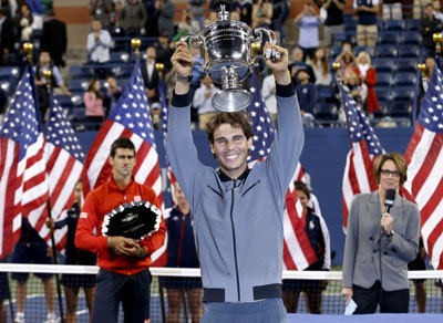 Rafa with his trophy at the 2013 US Open