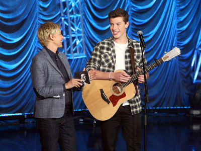 "Shawn performs ""Life of the Party"" on Ellen"
