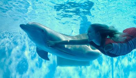 Bethany Hamilton swimming with Winter