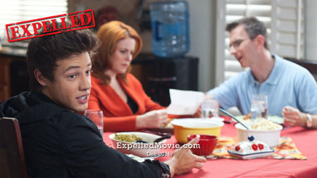 Felix (Cameron) at the dinner table with parents