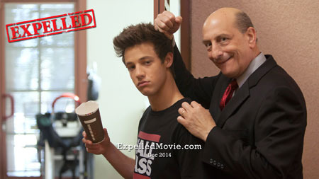 Cameron on set with Principal Truman (Emilio Palame)