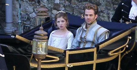 Cinderella (Anna Kendrick) and her prince (Chris Pine)