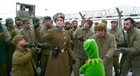 Kermit in prison with Tina Fey