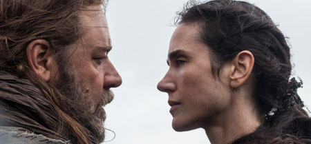 Noah (Russell Crowe) and wife Naameh (Jennifer Connally)