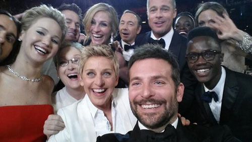 Ellen attempts the most retweeted photo with all the celebs she can gather!