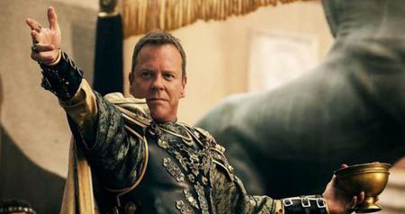 Senator Corvus opens the gladiator games