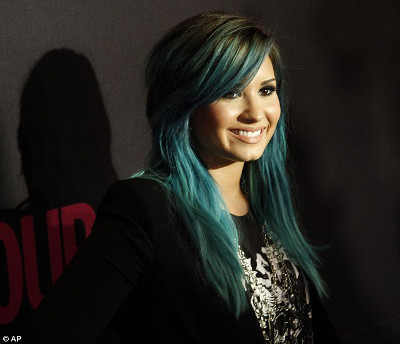 Demi Lovato's Blue Bangs