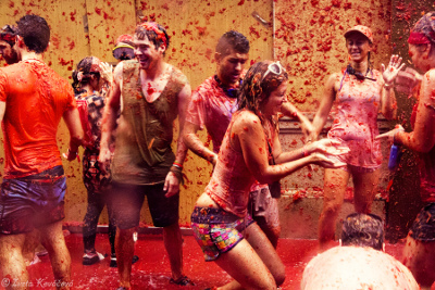 La Tomatina takes food fight to the next level!