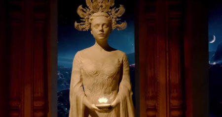 Jupiter Ascending finally gives us an awesome trailer