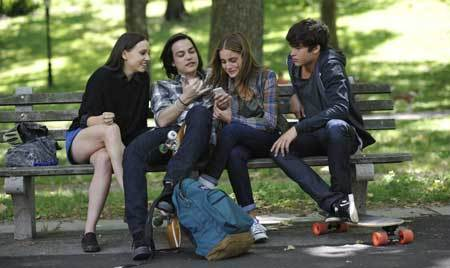 Beckett (Sophia Curtis) with pals Jen, Hirsch and love Tobey