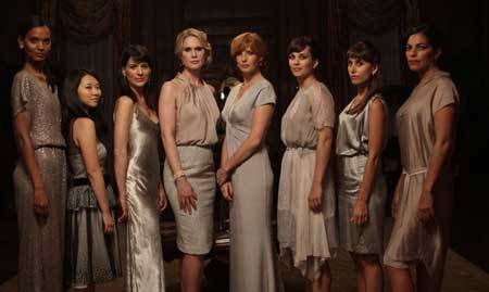 Pamela (center, Kelly Reilly) and her book club