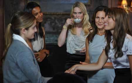 Beckett (Sophia Curtis) meets the evil book club ladies