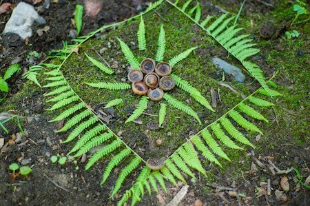 This is an example of the kind of Andy Goldsworthy-inspired art you can create on your own!
