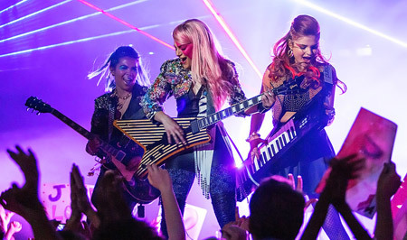Jem and the Holograms Rockin' out