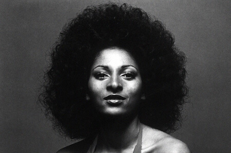 Pam Grier looked great with an Afro hairstyle in the 1970s!