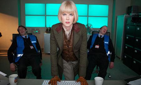 Millicant (Nicole Kidman) tracks down Paddington