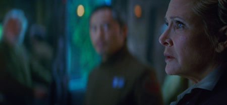 A worried General Organa (Carrie Fisher)