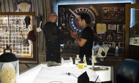 Paul Rudd and director Peyton Reed discuss a scene