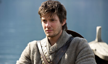 Tom (Ben Barnes) leaves home on his quest