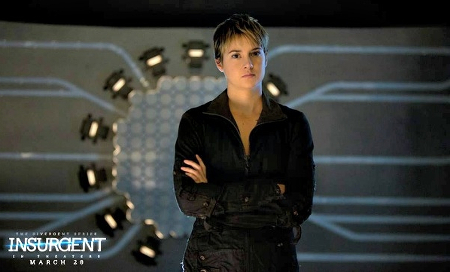 Tris faces Jeanine's torture device