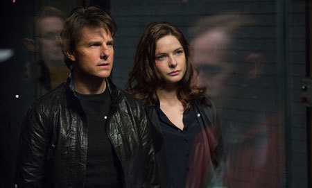 Hunt with Ilsa (Rebecca Ferguson)