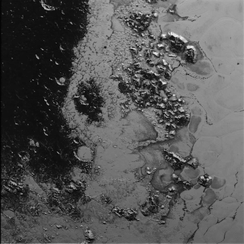These are the first ever images of Pluto's mountain range!