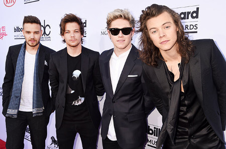 One Direction at the 2015 Billboard Music Awards