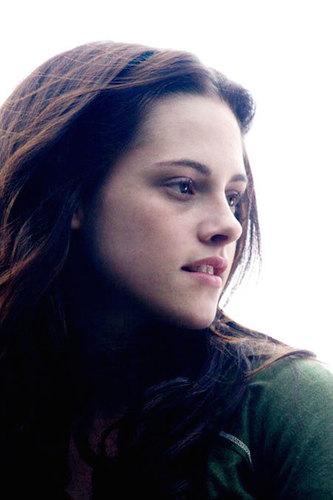 Kristen Stewart played Bella (short for Isabella) in the Twilight series