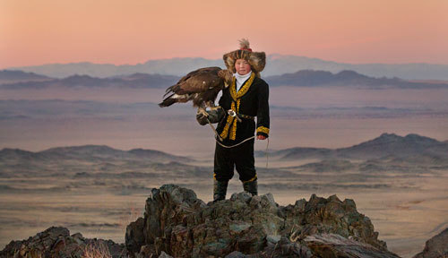 Proud Eagle Huntress
