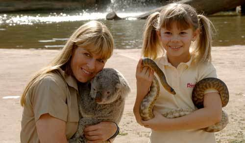 Bindi and her mother Terri at the Australia zoo