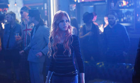 Clary wonders if she is seeing things