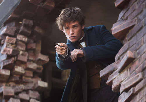 Newt fights dark magic in the city