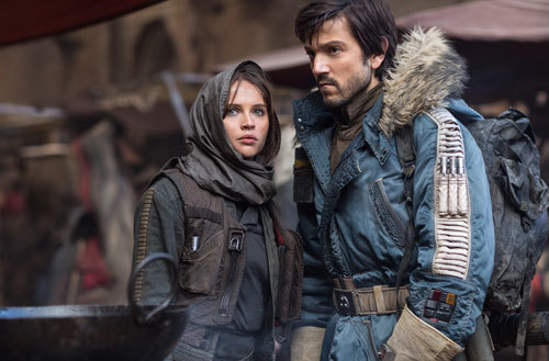 Jyn (Felicity) and Cassian (Diego) on their mission