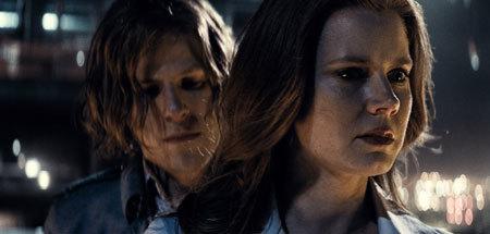Lex Luthor threatens Lois Lane