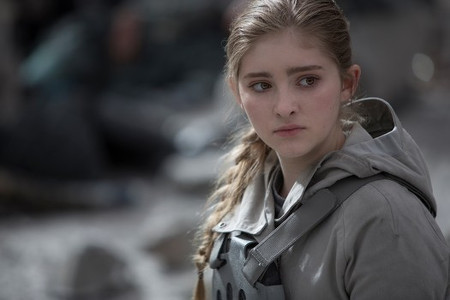 Prim in front of Snow's mansion