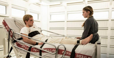 Prim talks with damaged Peeta