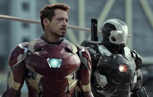 Iron Man and War Machine prepare for battle