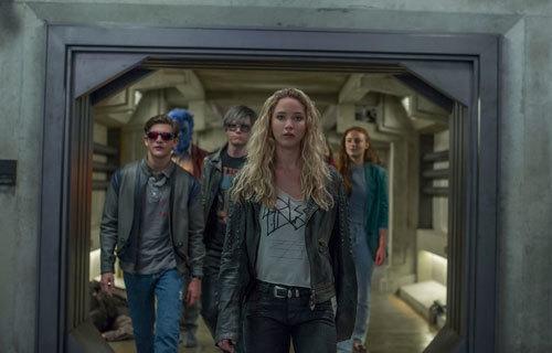 Cyclops, Beast, Quicksilver, Raven, and Jean Grey
