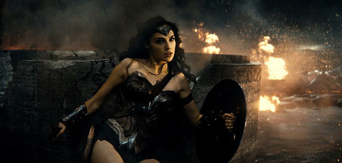 Wonder Woman fights Doomsday