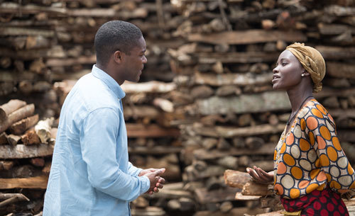 David Oyelowo as Robert Katende tries to convince Harriet (Lupita) to let her daughter play chess