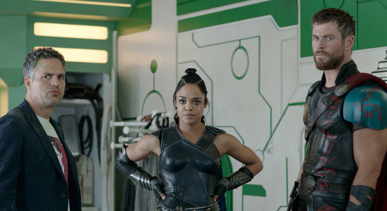 Bruce Banner/Hulk, Valkyrie and Thor plan to go to save Asgard