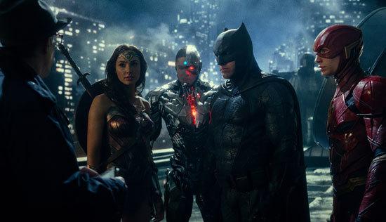 Commissioner Gordon calls Batman and gets a team
