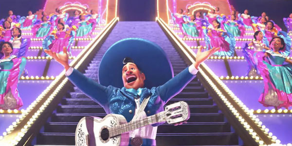 When alive, Ernesto sang in big spectaculars